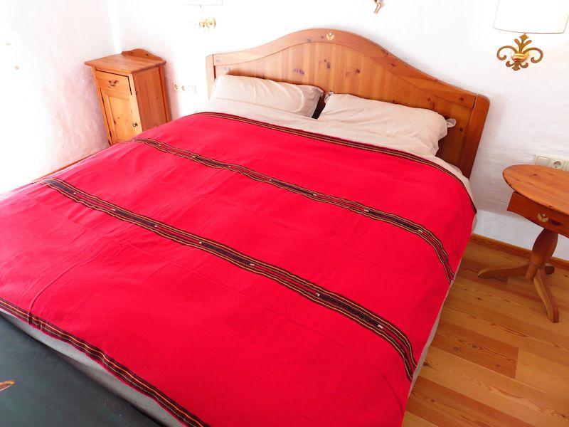 Mayadecke einfärbig rot